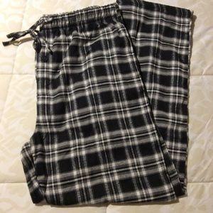 NWOT.   Men's Essential Sleepwear